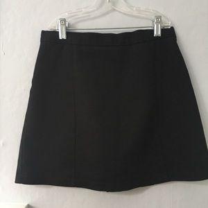 Brandy Melville Skirts - Brandy Melville black jean skirt!!